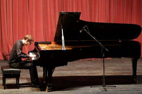 Ödüllü piyanistten muhteşem konser