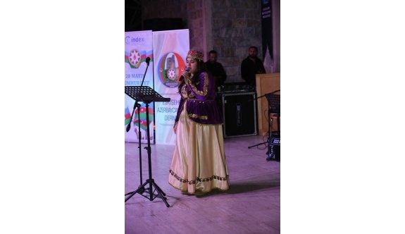 Azerbaycan'ın 99. yılı 'Cumhuriyet Konseri' ile kutlandı