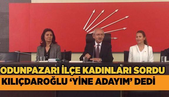 CHP ODUNPAZARI İLÇE KADIN KOLLARI ANITKABİR'DE