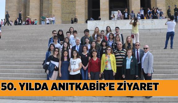 TÜRK EĞİTİM VAKFI 50. YILINDA ANITKABİR'İ ZİYARET ETTİ