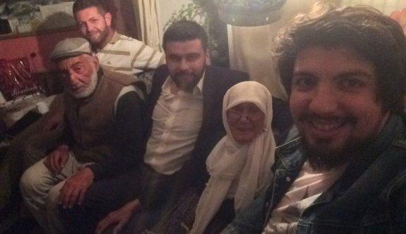 AK Parti Eskişehir Gençlik Kolları Hesna nineyi ziyaret etti