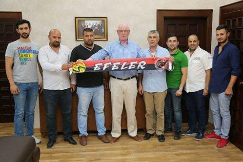 """Eskişehirspor'umuza herkes sahip çıkmalı"""