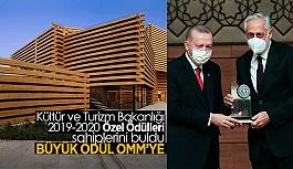 Erol Tabanca ödülü, Cumhurbaşkanı Erdoğan'ın elinden aldı